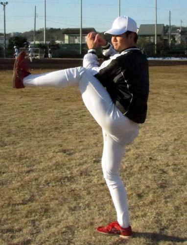 沖縄尚学山城「真っすぐ磨く」亜大で初練習