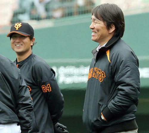 由伸、松井氏見守る中でコーチ始動
