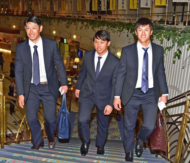 阪神ドラ1高山1軍合流「死に物狂いでアピール」 - 野球 : 日刊