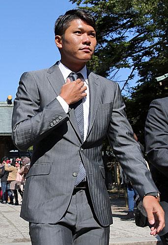 巨人坂本、主将で宮崎入り「初心に戻る」
