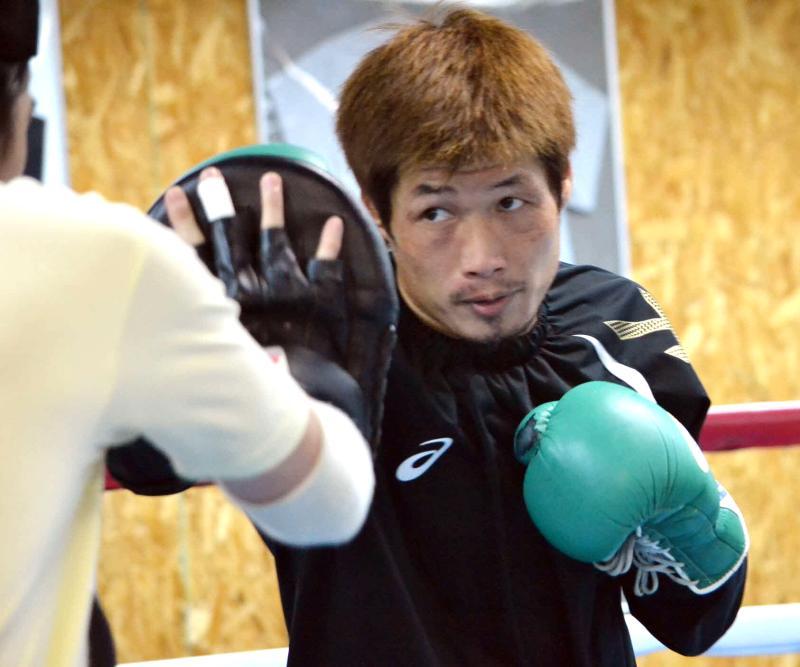 長谷川穂積、再起戦テーマ「つまらないボクシング」 - ボクシング : 日刊スポーツ