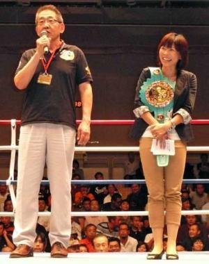 ボクシング助产师前女王富樫が引退式图片
