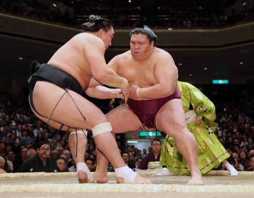 http://www.nikkansports.com/battle/sumo/news/img/01mitake-bt-n-170109301-w500_15.jpg