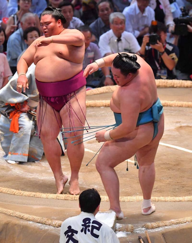 http://www.nikkansports.com/battle/sumo/news/img/201807120000251-nsogp_1.jpg