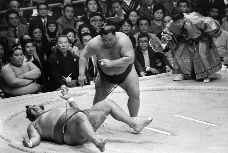 【復刻】大錦らと「花のニッパチ5人衆」/北の湖2 - 大相撲 : 日刊スポーツ