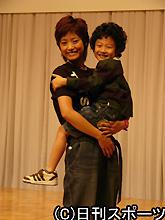 http://www.nikkansports.com/entertainment/et-071009-03-ns.jpg