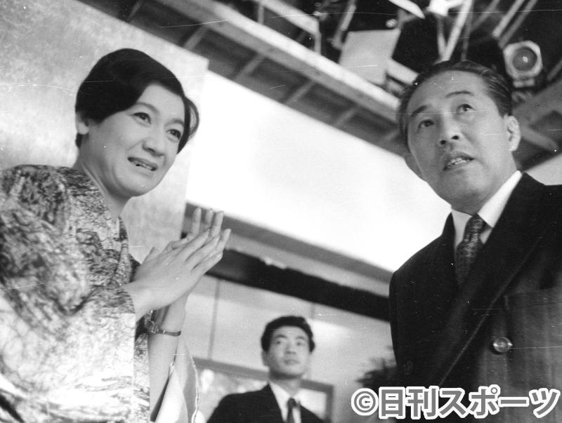 nikkansport.com @ mobile【復刻】「永遠の処女」絶頂期引退の訳/原さん死去