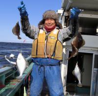 北海道・地球岬沖ソウハチ180匹大型クーラー満杯 - 釣り : 日刊スポーツ