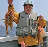 北海道・荻伏沖でヤナギノマイ30匹、マダラ5匹 - 釣り : 日刊スポーツ