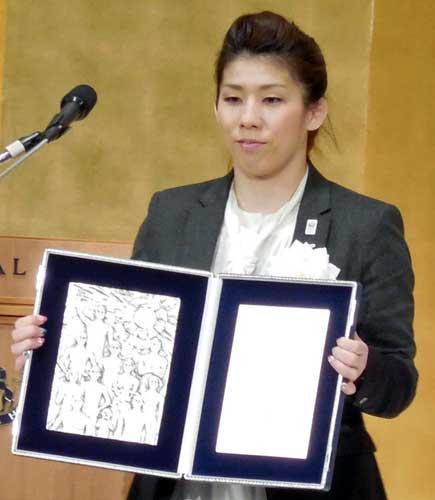 吉田沙保里さん「殴られても納得していればそれは体罰ではない」(※13連覇で国民栄誉賞受賞)