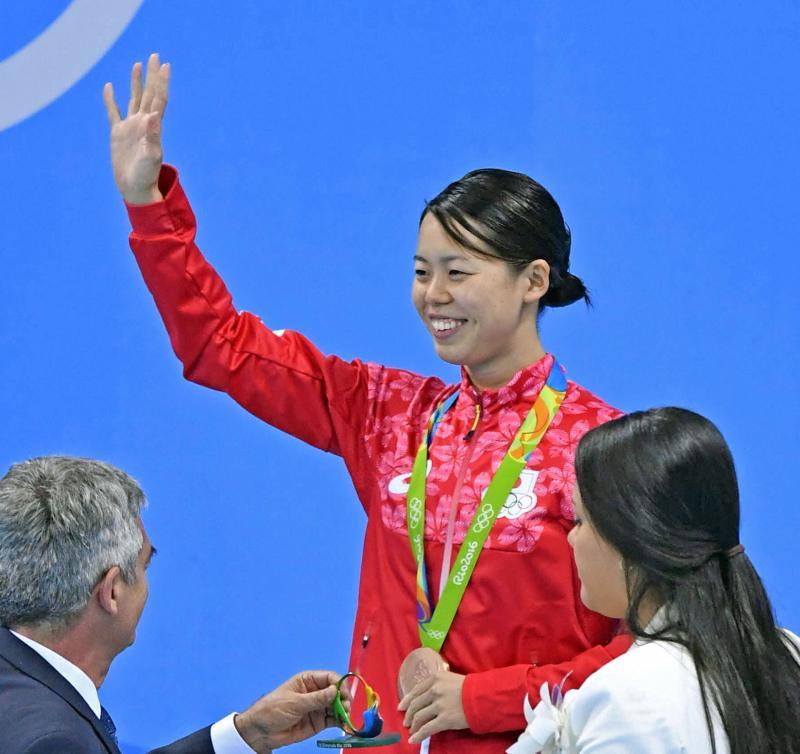 星奈津美が7歳上会社員と結婚へ おめでとう連続 , 競泳  日刊スポーツ