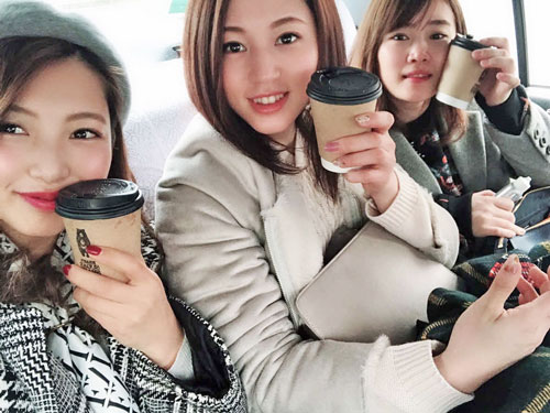岡山支部女子が集合。左から土屋南、安井瑞紀、薮内瑞希