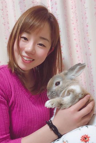 休日は愛するウサギに癒やされっぱなし