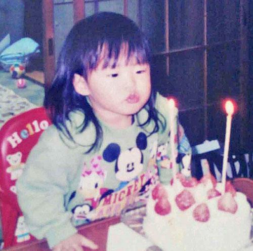 2歳の誕生日を祝って(提供・村上奈穂)
