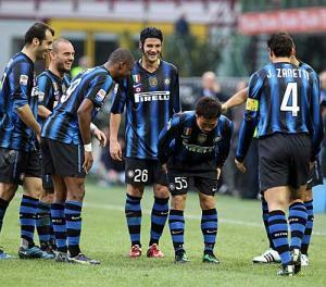 http://www.nikkansports.com/soccer/world/news/img/iza-sc-110307-02-ns300.jpg