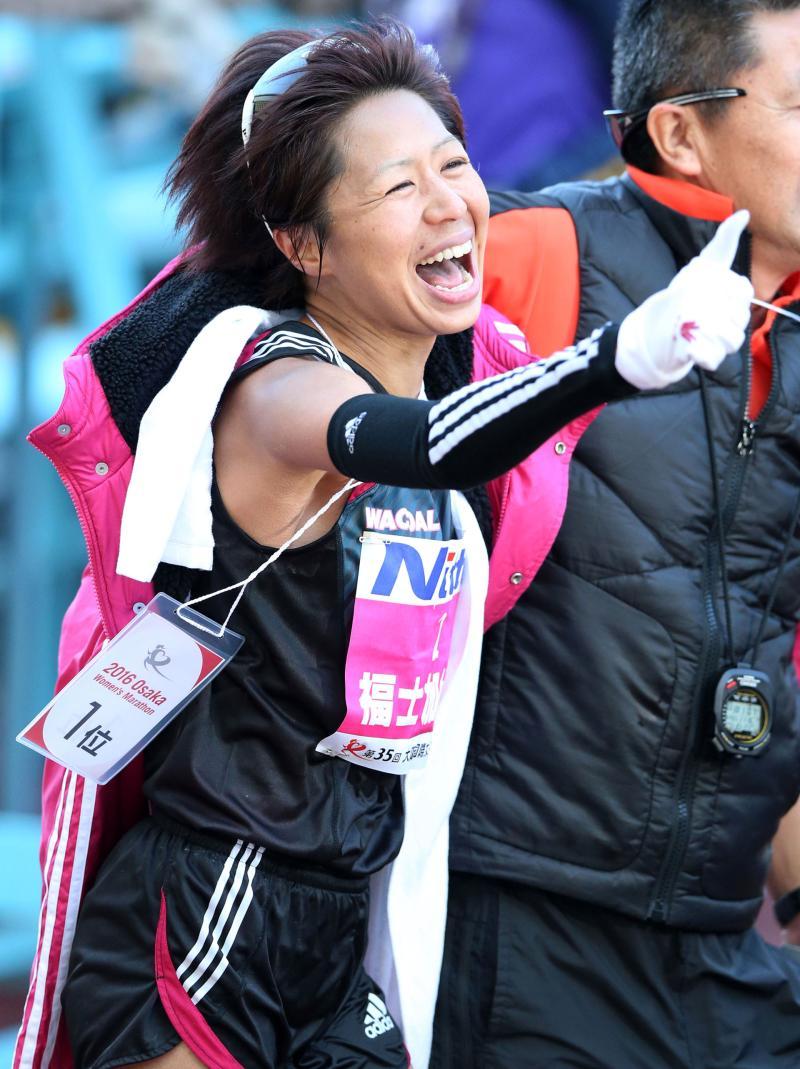 福士加代子、五輪切符◎「1等賞。リオ決定だべえ」 - 陸上 : 日刊スポーツ