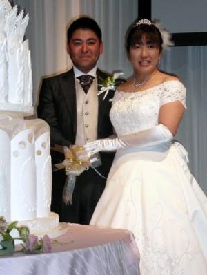 nikkansport.com @ mobile花嫁晃子、披露宴で2ショットお披露目