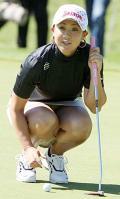 古閑首位、20位から一気/女子ゴルフ