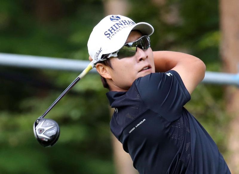 金庚泰が単独首位、2位に川村昌弘 男子ゴルフ