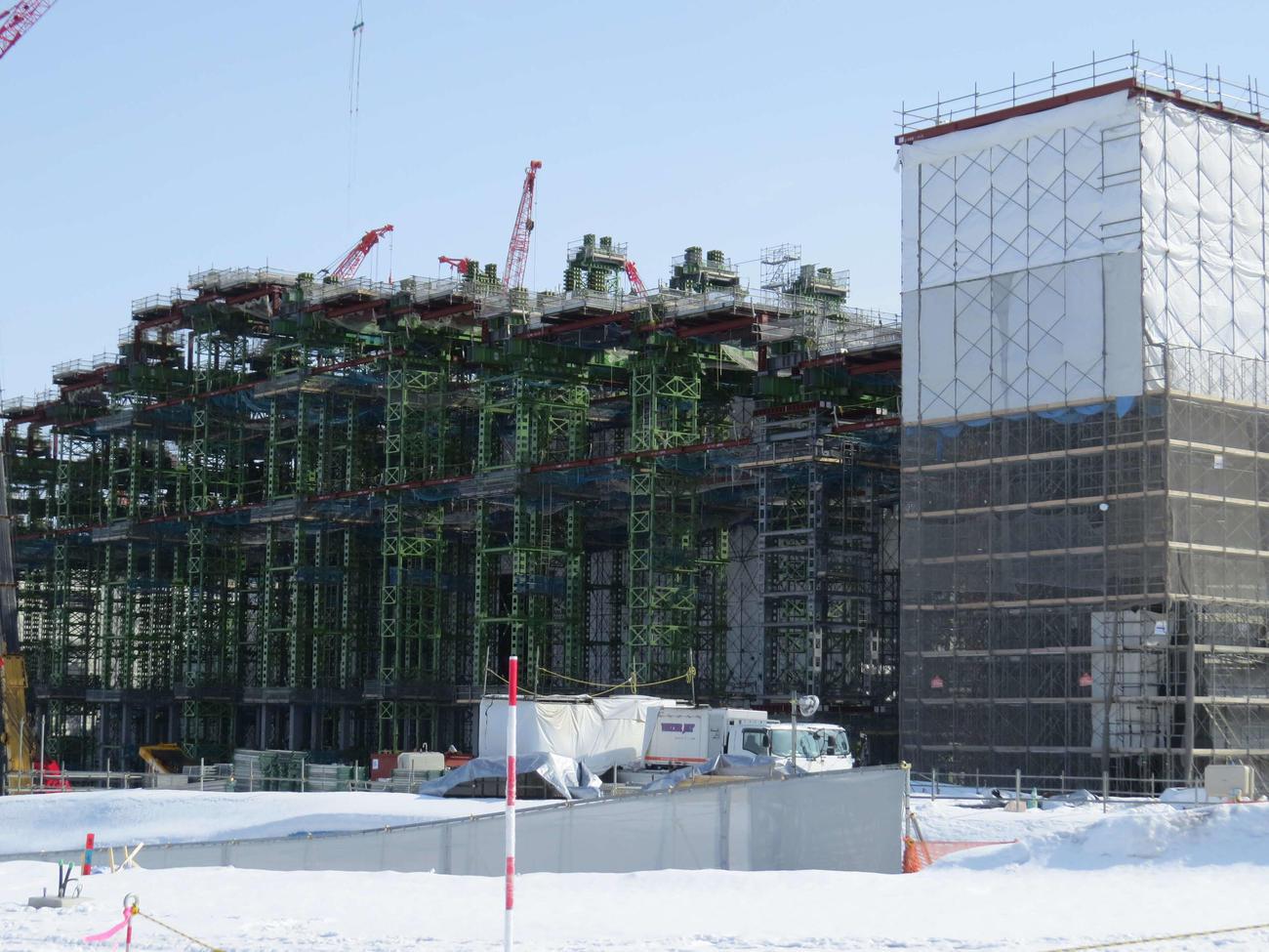 建設が進む日本ハムのボールパーク(2月22日撮影)