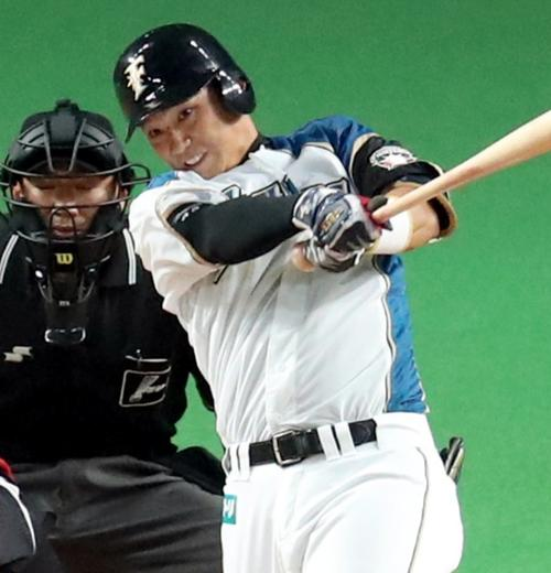 日本ハム石川亮、けが転機に出塁...