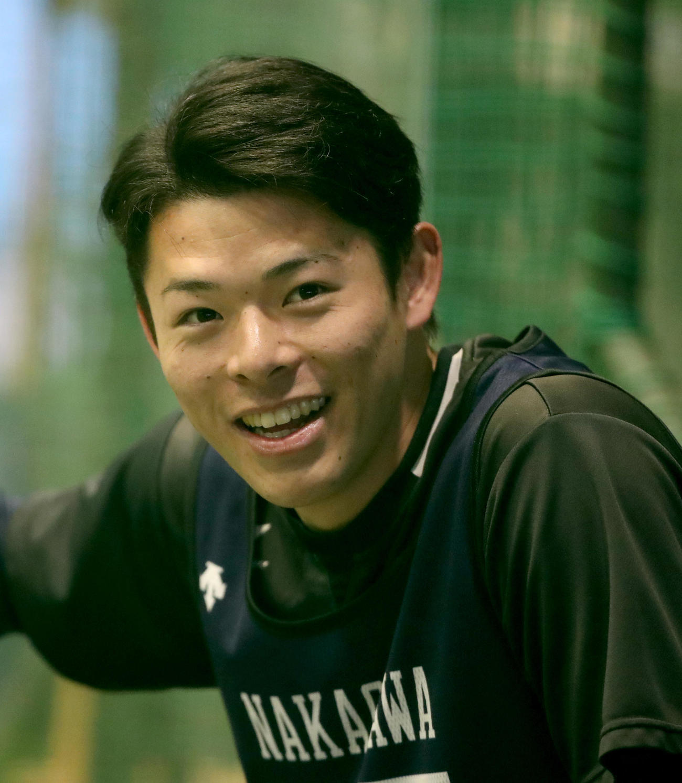 アップで笑顔を見せる中川颯(代表撮影)