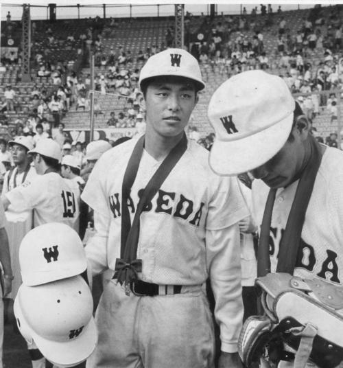 80年夏の甲子園決勝で横浜に敗れた早実の荒木大輔。1年生エースとしてチームを決勝まで導いた