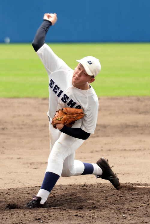 富士宮東対静岡商 毎回の15奪三振で無安打無得点を達成した静岡商・古屋