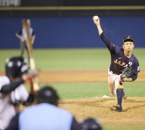 高校日本代表対大学日本代表 8回から高校日本代表5番手で登板した根尾(撮影・垰建太)