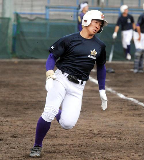 積極的な打撃と走塁でチームへの貢献を誓う栗田(撮影・河合萌彦)
