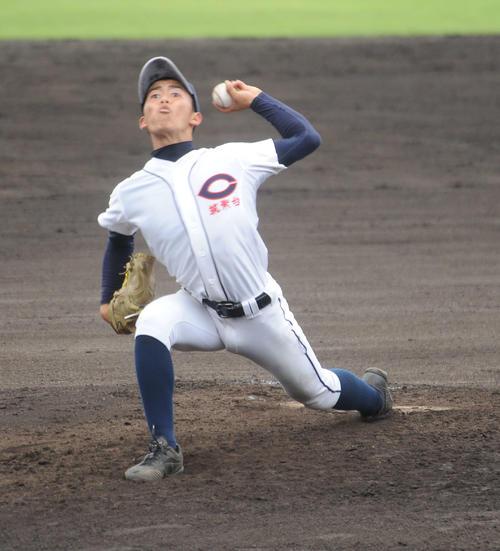 筑紫台先発の丸林塁投手が5安打完封で勝利に導いた(撮影・浦田由紀夫)
