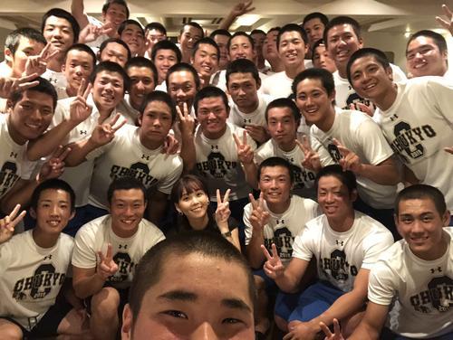 中京学院大中京のみんなは監督と家族です(ヒロド歩美のインスタグラムより)