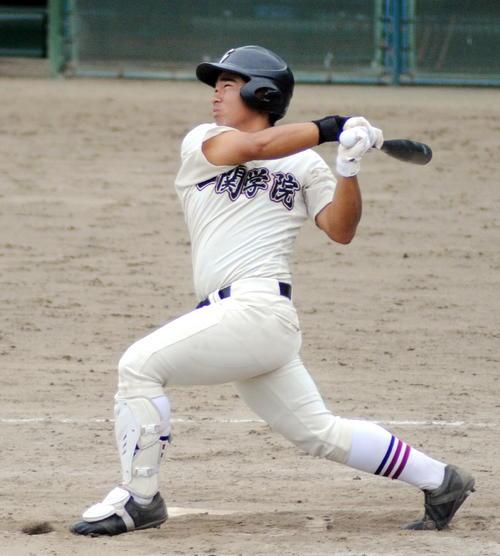 一関学院対盛岡三 一関学院の4番坂本は先制二塁打を含む3安打3打点