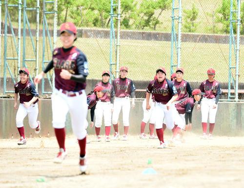 女子硬式野球クラーク仙台、全国制覇へ向け再始動