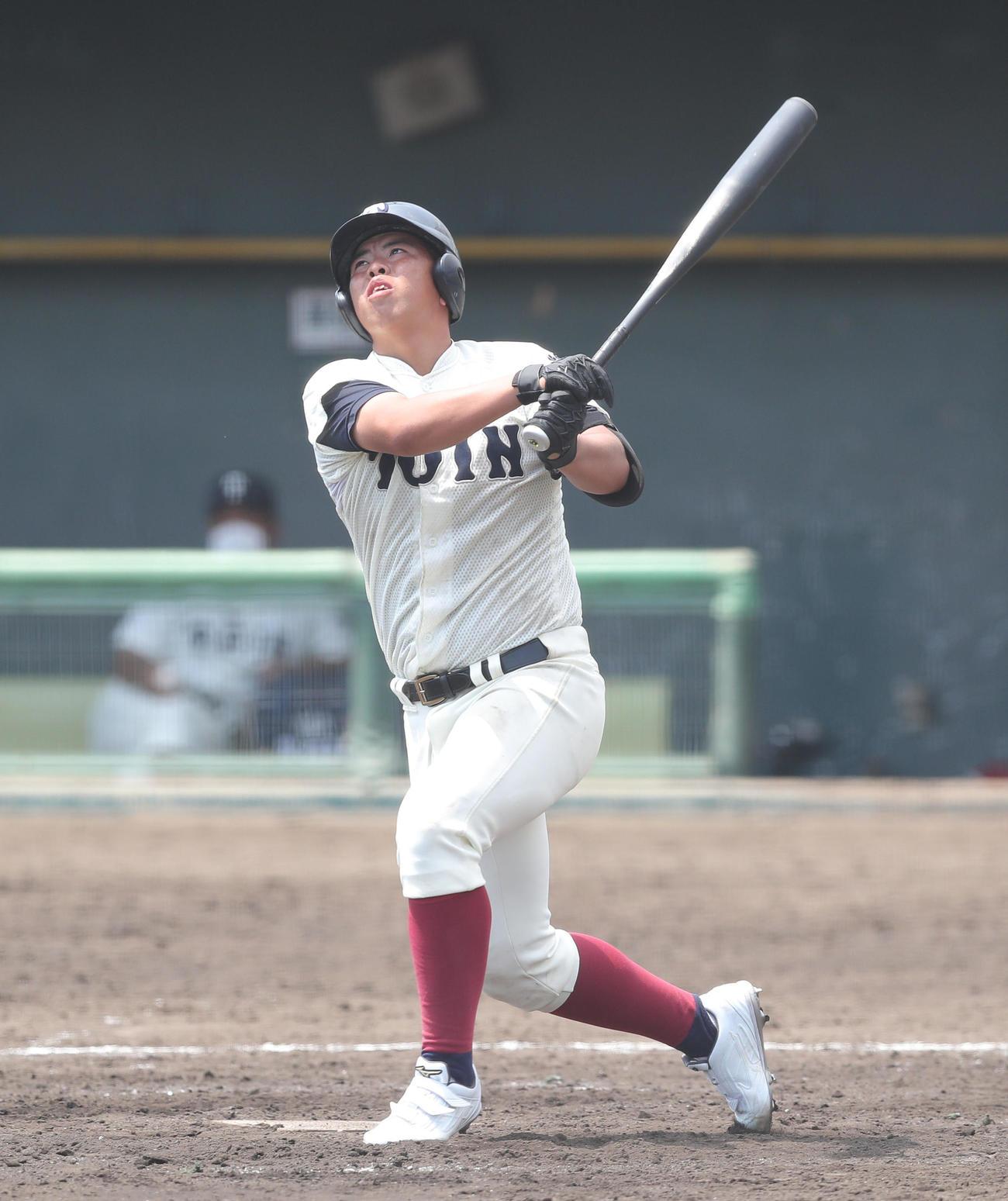 5回表大阪桐蔭1死二塁、左飛に倒れる西野(撮影・前田充)