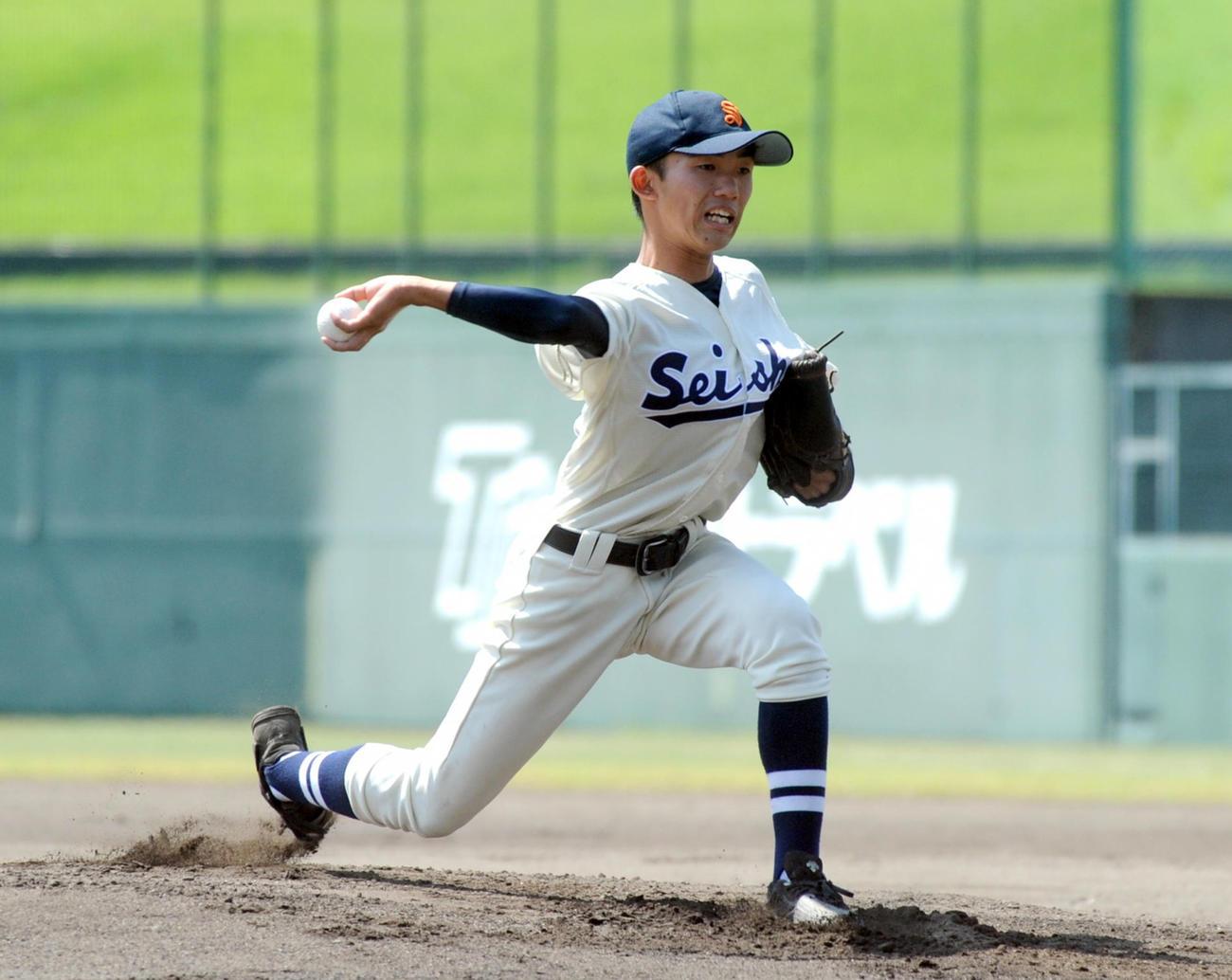 9回2安打完封でチームを優勝へ導いた静岡商の高田