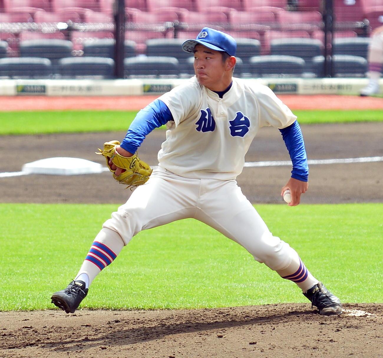 昨年8月1日、宮城県独自大会決勝の仙台育英戦で160球を投げて完投した仙台・鎌田