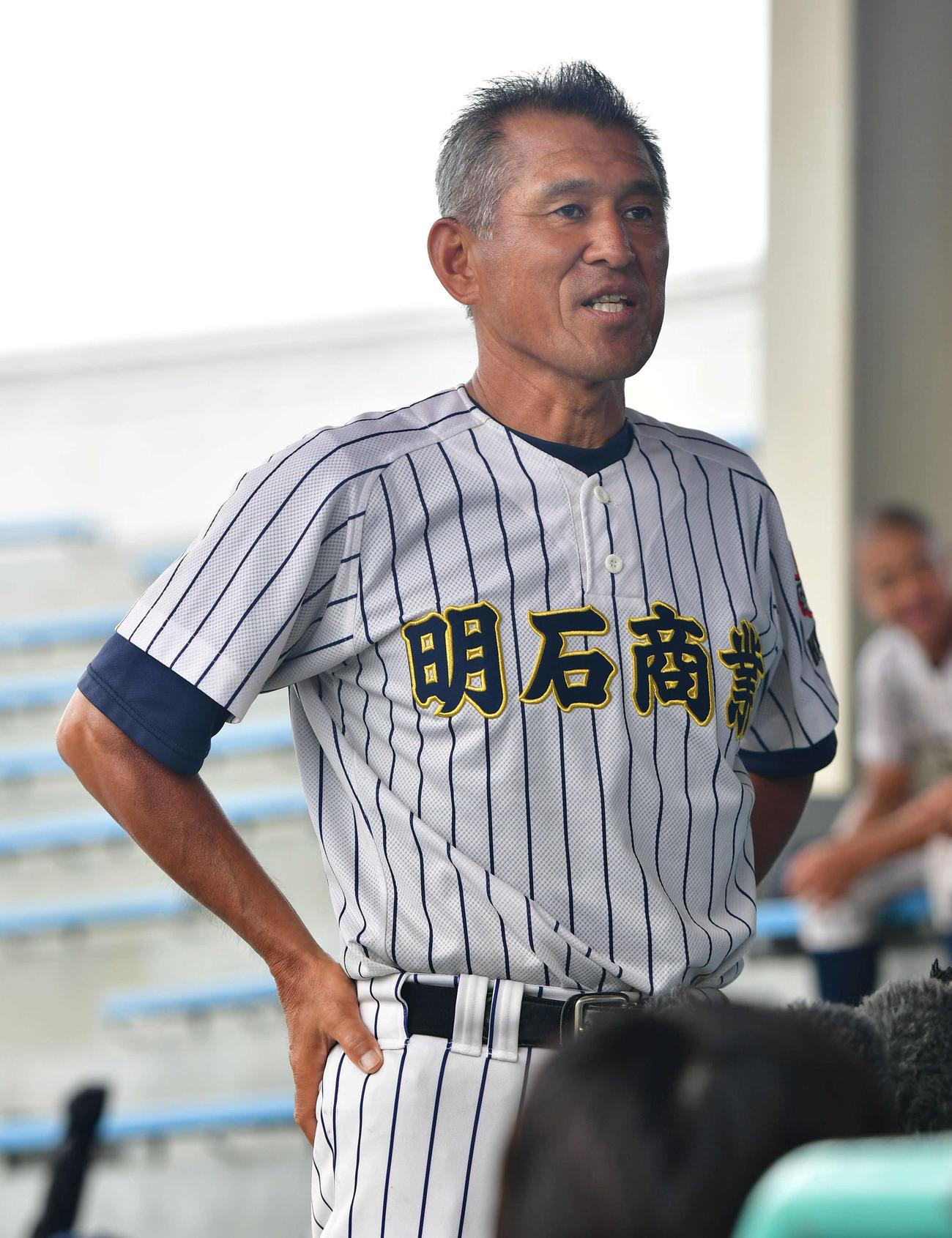 明石商・狭間監督(2020年7月24日撮影)