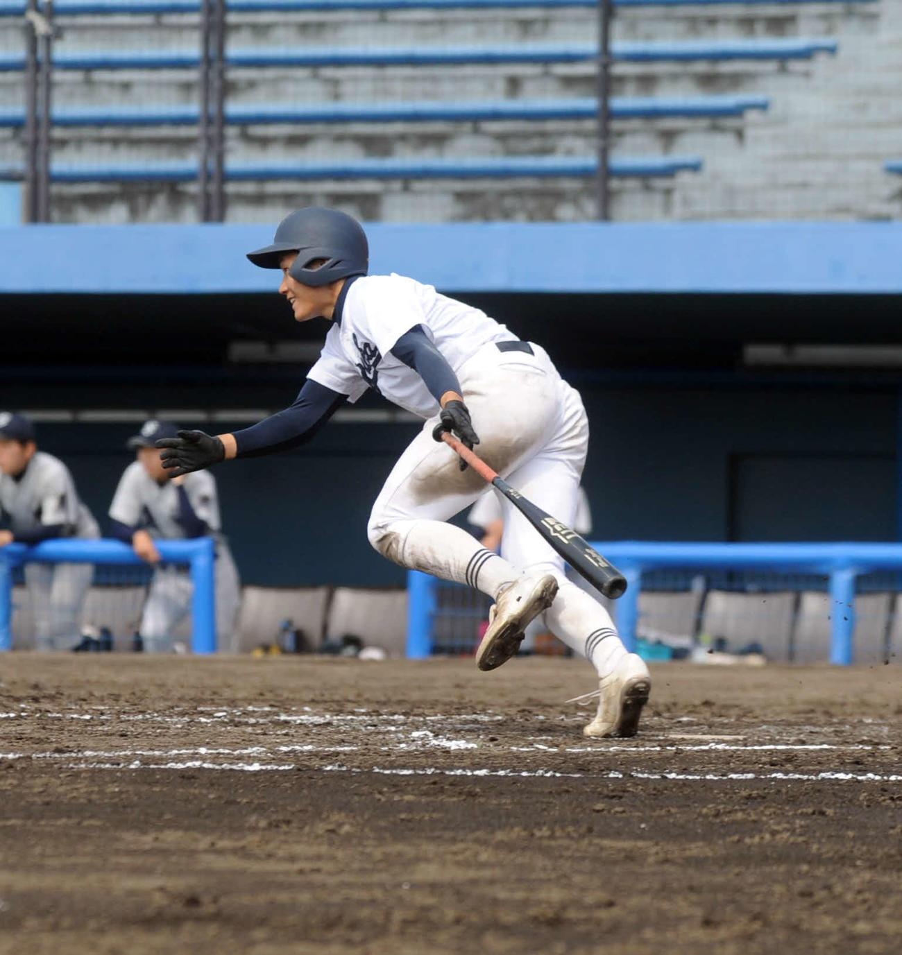 8回に決勝打を放った静岡高の渋谷