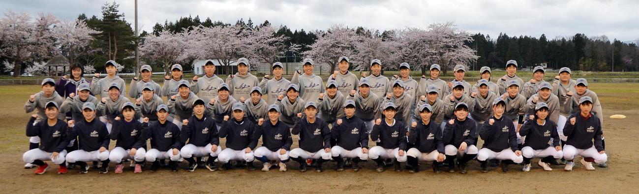 公式戦1勝を目指す花巻東女子野球部