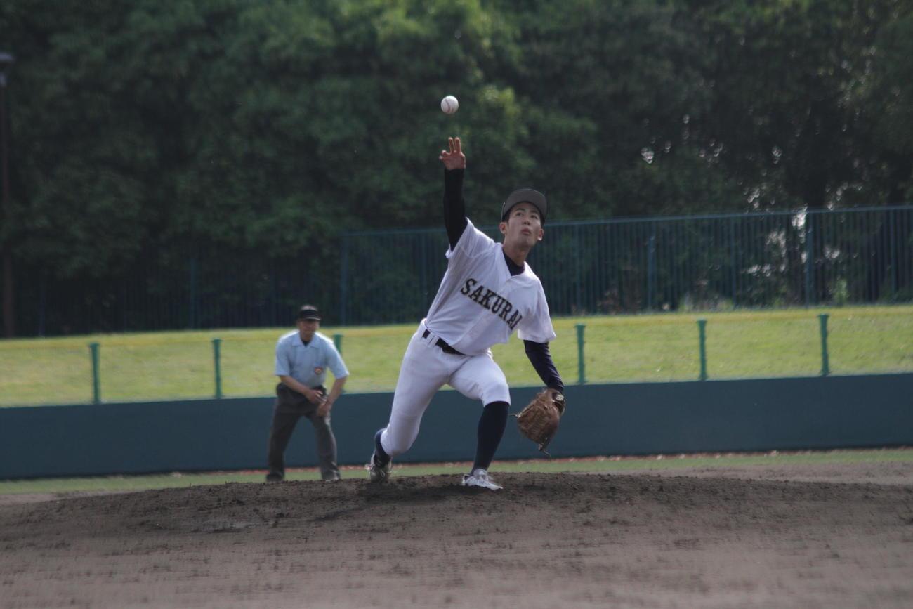 ナックルボーラーの桜井・岡本斉悟投手は郡山を相手に力投した
