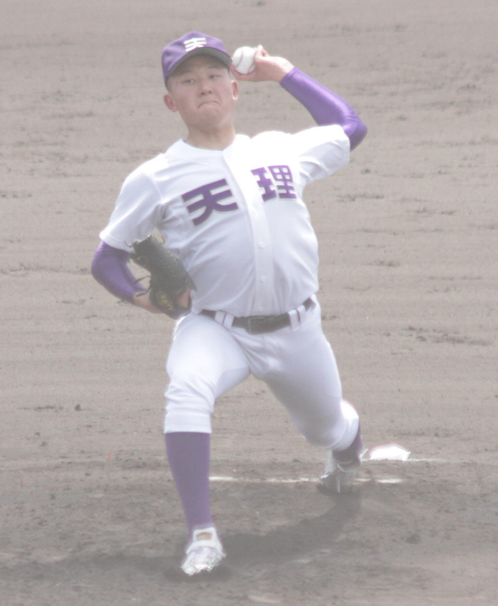 天理は森田雄斗投手が先発して立ち上がりから8者連続奪三振の快投を見せた