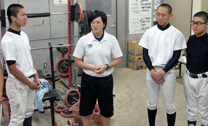 洛南・山村監督 初勝利目指す京...