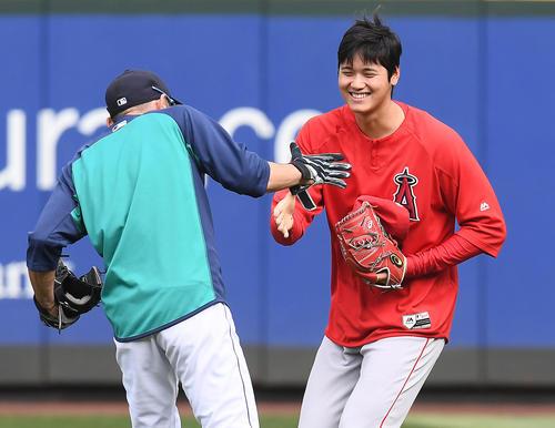 201805050000268 w500 5 - 【野球】大谷とイチローが対面 鬼ごっこ→笑顔で握手