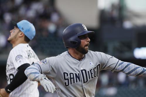 9回に2点適時三塁打を放ったパドレスのグレグ・ガルシア二塁手(AP)