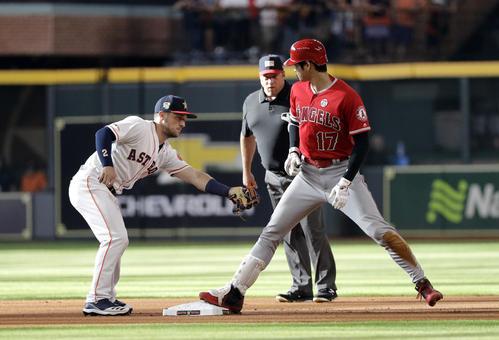 左二塁打を放った大谷(AP)