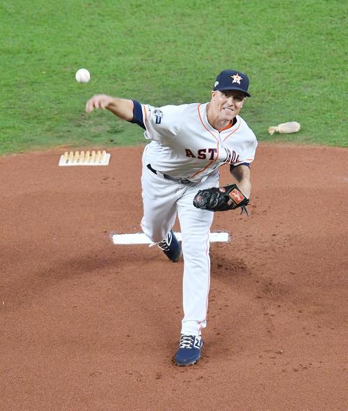 ヤンキースとのリーグ優勝決定シリーズの初戦に先発し、力投するアストロズ・グリンキー(撮影・菅敏)
