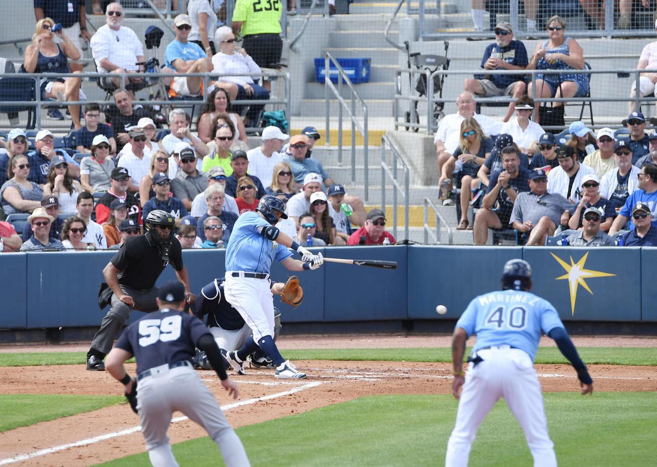 レイズ対ヤンキース 2回裏レイズ無死一塁、筒香は投手強襲安打を放つ(撮影・山崎安昭)