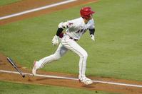 大谷強烈な1発 ベンチ待機も不変の取り組み好結果 - MLB : 日刊スポーツ