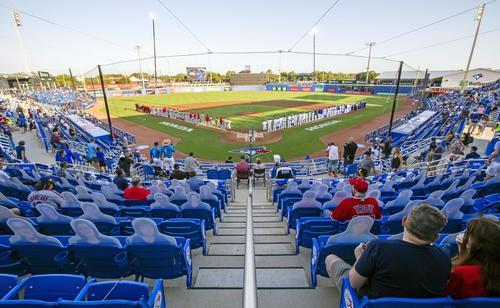 キャンプ地のフロリダ州ダンイーデンで行われた米大リーグ、ブルージェイズのホーム初戦。大谷所属のエンゼルスと対戦した(共同)